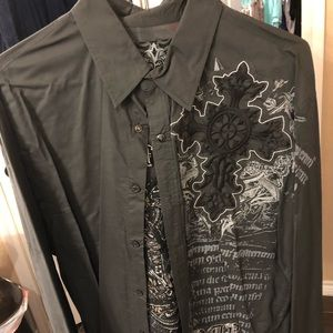 Mens roar black button down